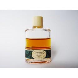 Miniature de parfum Dioressence de Christian Dior