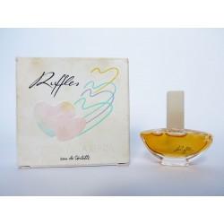 Miniature de parfum Ruffles de Oscar de la Renta