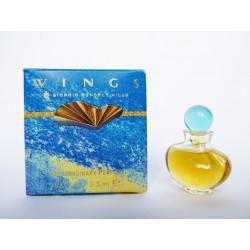 Miniature de parfum Wings de Giorgio Beverly Hills