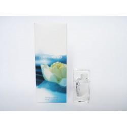 Miniature de parfum L'Eau par Kenzo