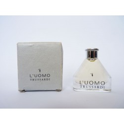 Miniature de parfum L'Uomo de Trussardi