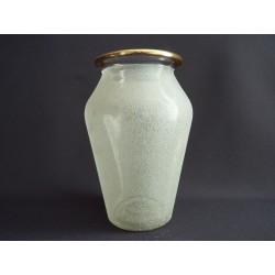 Petit vase en verre granité 1950