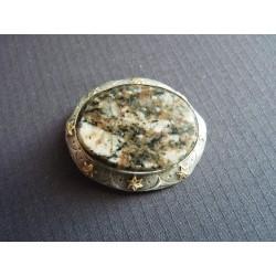 Broche cabochon de pierre naturelle et étoiles cuivrées