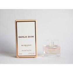 Miniature de parfum Dahlia Divin de Givenchy