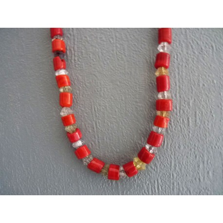 Sautoir de perles en pâte de verre rouge