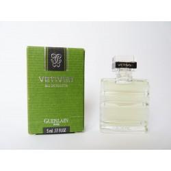 Miniature de parfum Vetiver de Guerlain