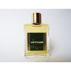 Ancienne miniature de parfum Vetiver de Guerlain