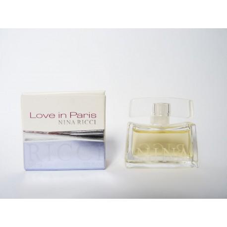 Miniature de parfum Love in Paris de Nina Ricci