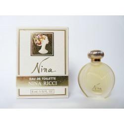 Miniature de parfum Nina de Nina Ricci
