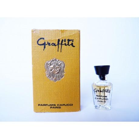 Ancienne miniature de parfum Graffiti de Capucci
