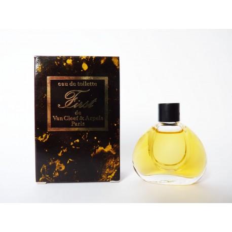 Miniature de parfum First de Van Cleef & Arpels