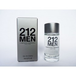 Miniature de parfum 212 Men de Carolina Herrera