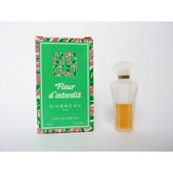 Miniature de parfum Fleur d'Interdit de Givenchy