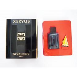 Miniature de parfum et pin's Xeryus de Givenchy