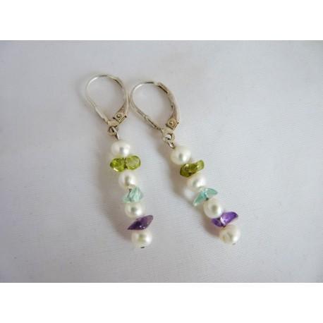 Boucles d'oreilles en perles et pierres
