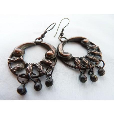 Boucles d'oreilles en métal à grelots