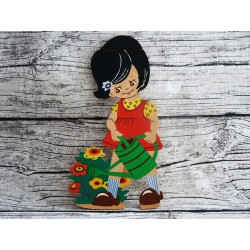 Petite jardinière à l'arrosoir en contreplaqué