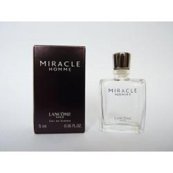 Miniature de parfum Miracle Homme de Lancôme