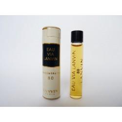 Ancien échantillon de parfum Eau via Lanvin