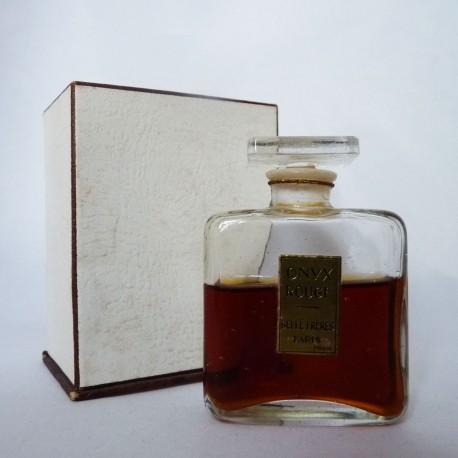 Ancien flacon de parfum Onyx Rouge de Gellé Frères