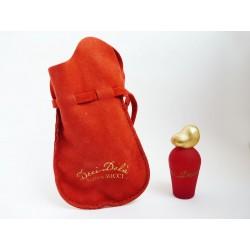 Miniature de parfum Deci Delà de Nina Ricci