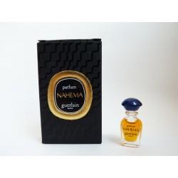 Miniature de parfum Nahema de Guerlain