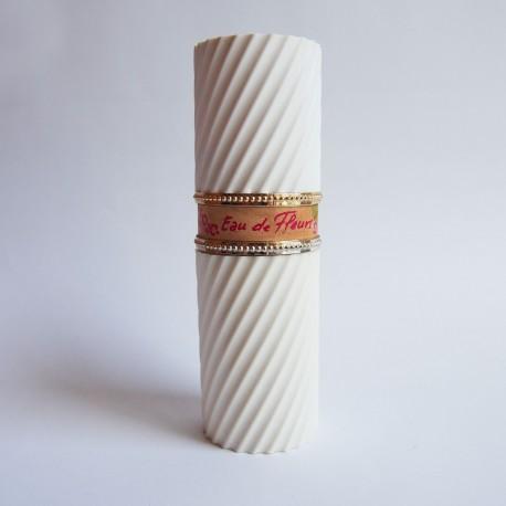 Ancien vapo rechargeable Eau de Fleurs de Nina Ricci