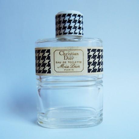 Flacon de parfum Miss Dior de Christian Dior