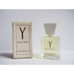 Miniature de parfum Y de Yves Saint Laurent