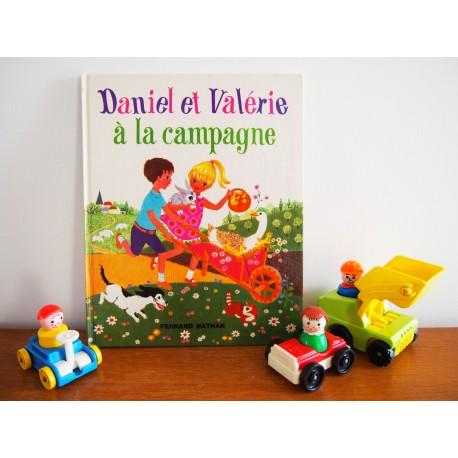 Livre vintage Daniel et Valérie