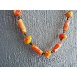 Sautoir vintage de perles montées sur une chaine laiton