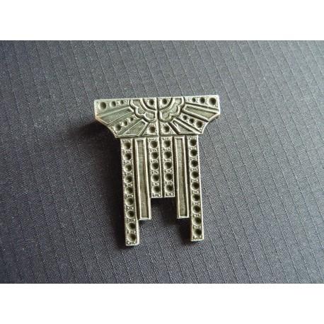 Broche Art Déco en métal