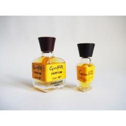 Lot de 2 miniatures de parfum Graffiti de Capucci
