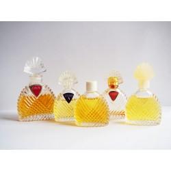 Lot de 5 miniatures de parfum Diva de Ungaro