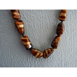 Long collier en perles Oeil de tigre