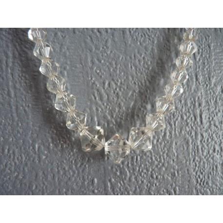 Collier en perles toupies de cristal